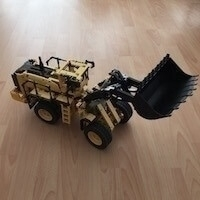 [Remote-Controlled Volvo L350F Wheel Loader - 42030-1]
